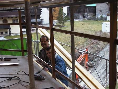 neubau wohnhaus breithorn zermatt. Black Bedroom Furniture Sets. Home Design Ideas